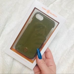 Tory Burch Green leather hard shell IPhone 7 case